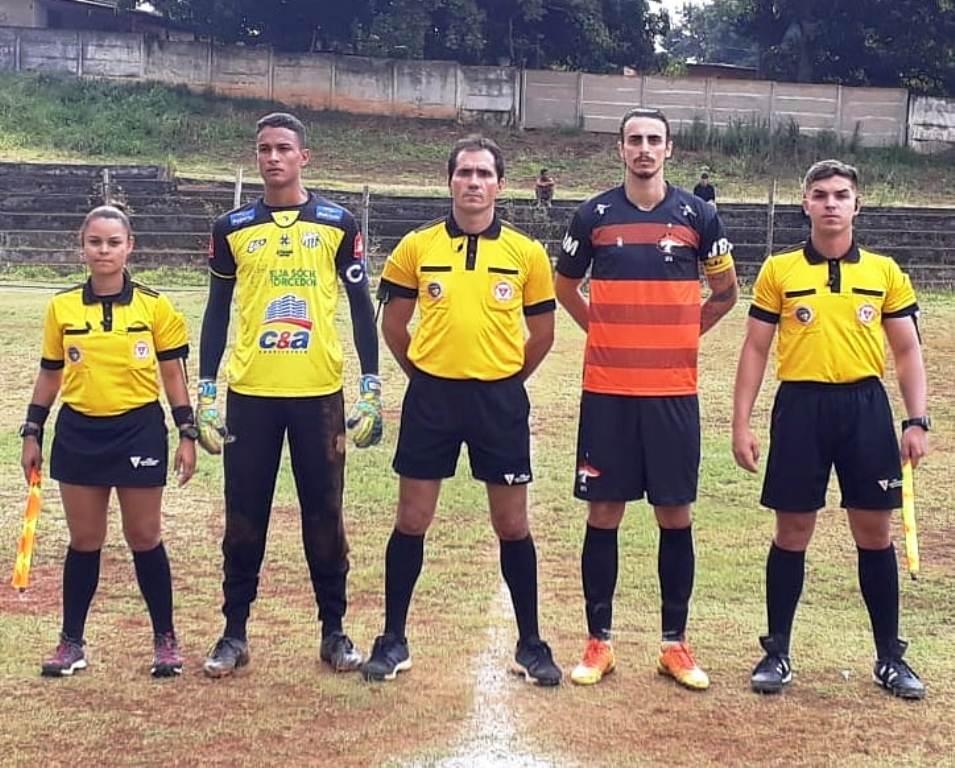 União de Futebol Araxá perde dc2c6080419f8