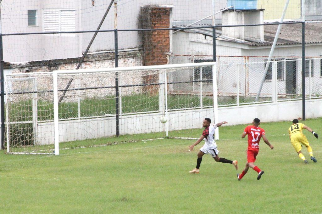 Vila Nova vence no primeiro jogo da final do Campeonato Amador