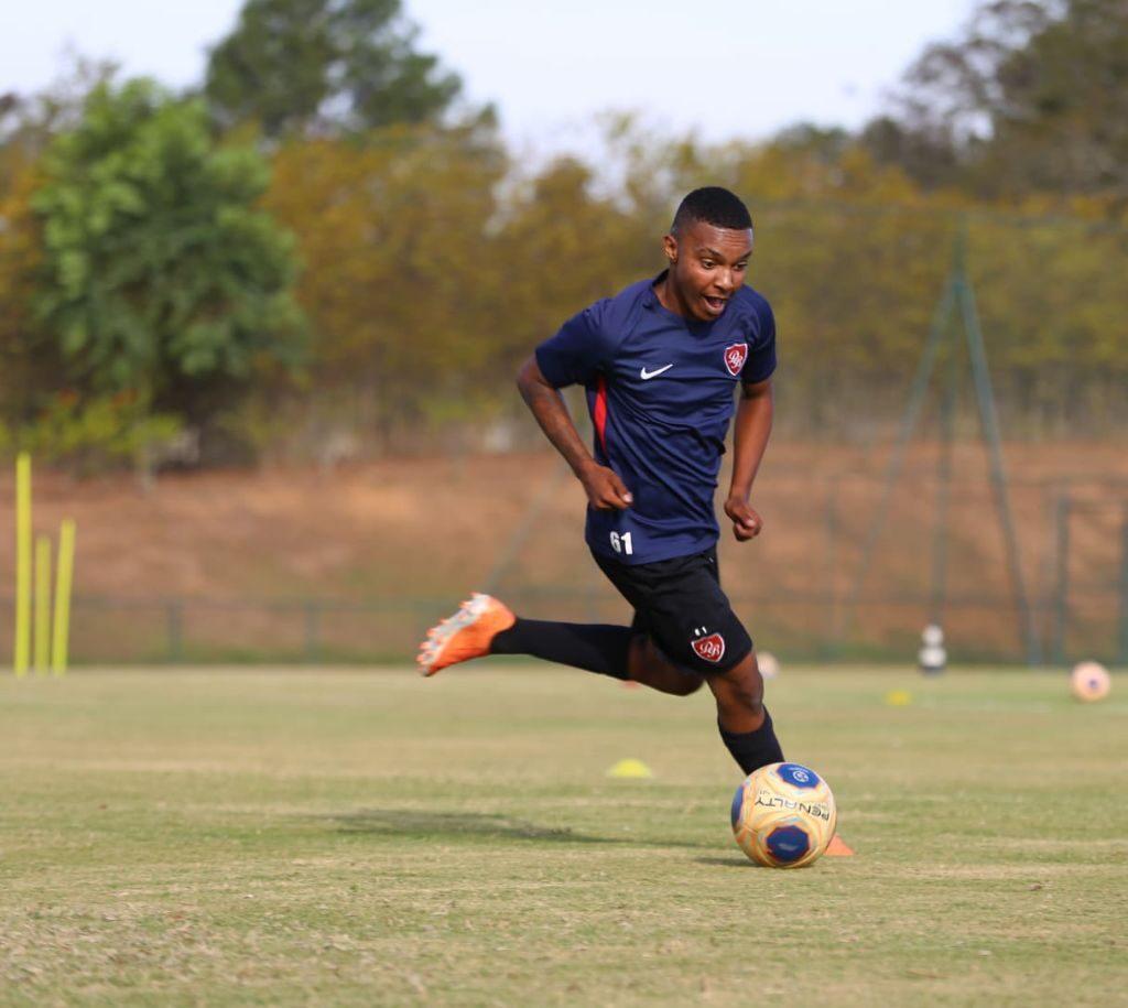 Nicolllas, de Araxá, faz preparação para a disputa do Campeonato Paulista Sub-17