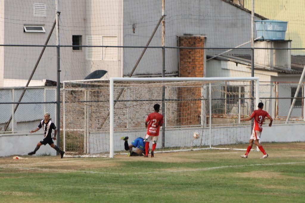 Câmara aprova projeto que repassará recursos da Prefeitura para o Araxá Esporte
